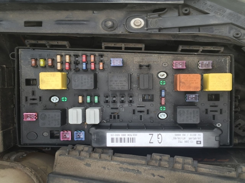 Astra Mk5 h Fuse Box Diagram For 54 Plate Astra