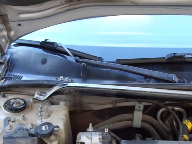chevy impala 2003  3 8  power steering reservoir
